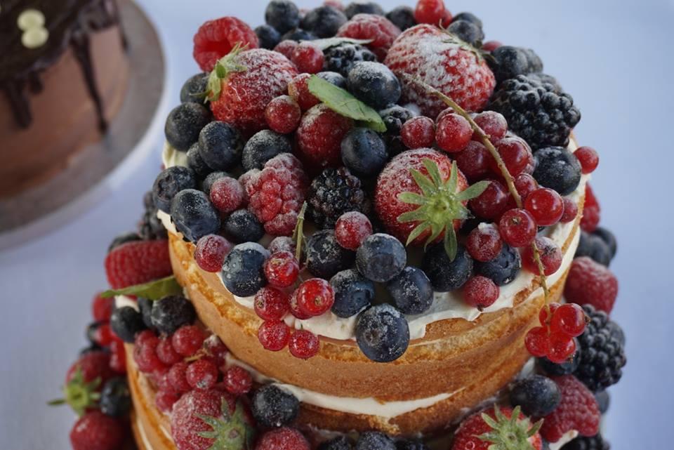 Naked Cake huwelijk
